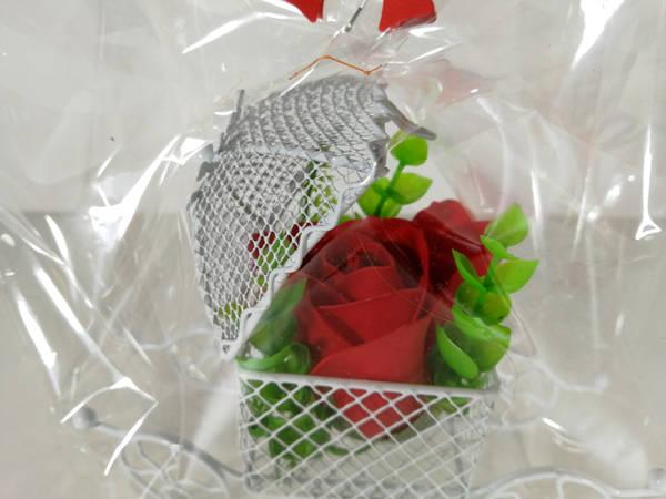caruta trandafir rosu
