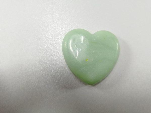 cabochon polimeric inima alb verzui