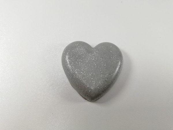 cabochon polimeric inima argintiu