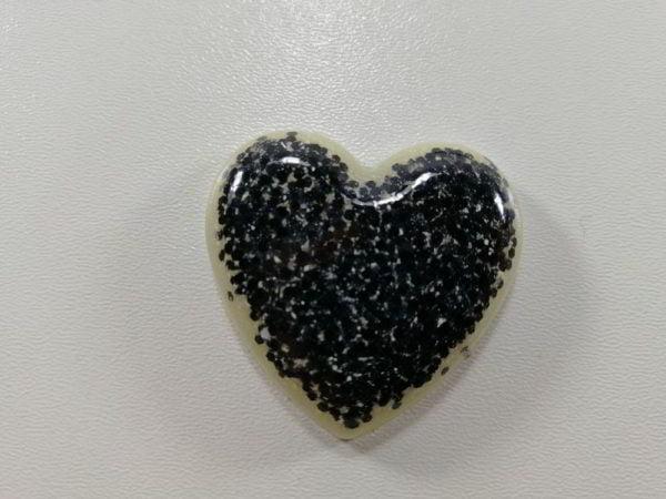 cabochon rasina inima alb glitter negru
