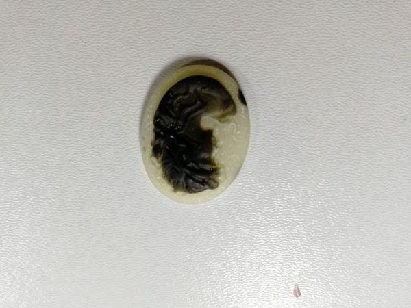 cammeo rasina oval f amb negru