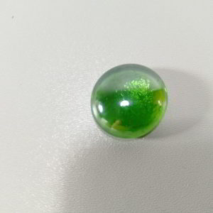 ochi de mare sticla verde