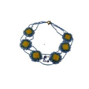 colier albastru